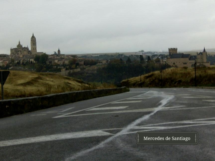 Alcázar y Catedral de Segovia desde Zamarramala